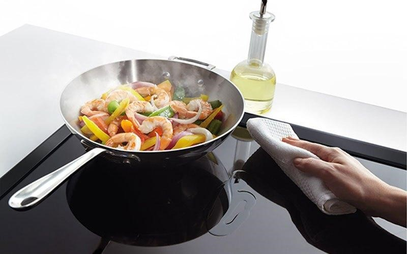 chảo inox xào elo dùng được trên bếp từ