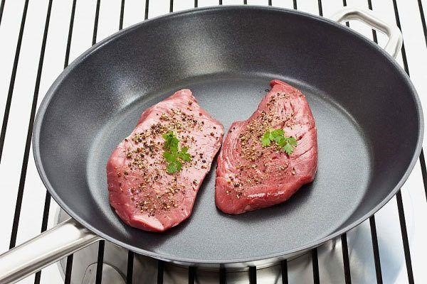 hình ảnh chảo chống dính Ceramica đến từ nhãn hàng Cuisinart