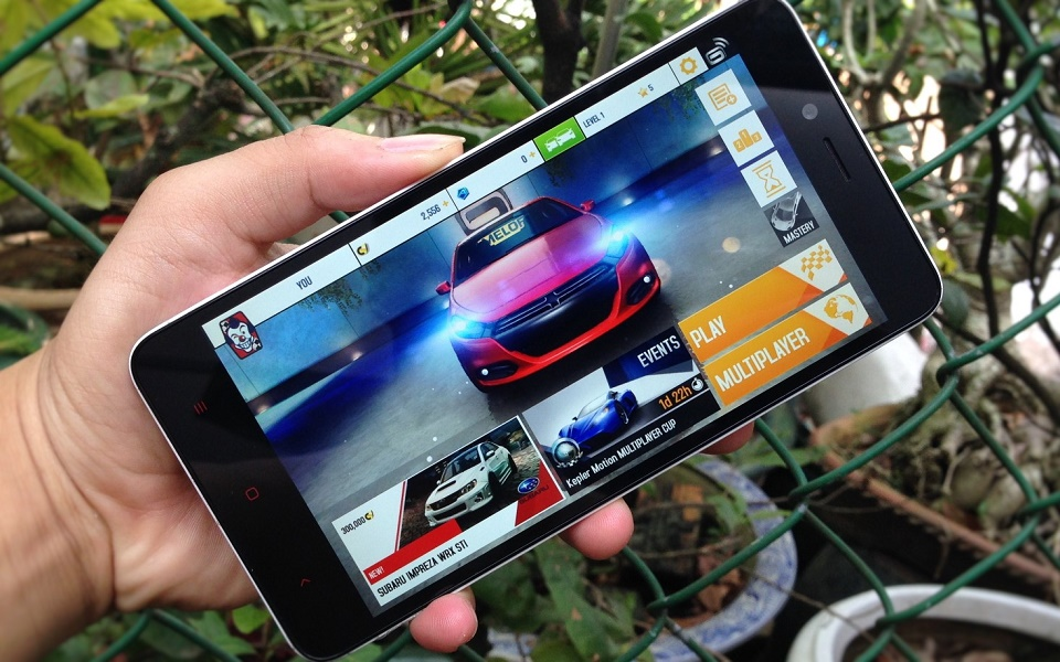 Đánh giá chi tiết sản phẩm Xiaomi redmi note 2 : giá tầm trung,máy mượt,màn hình 5,5 inch