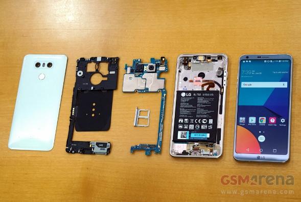 """""""Phẫu thuật"""" LG G6: Ống tản nhiệt lớn, liệu có còn đột tử?"""