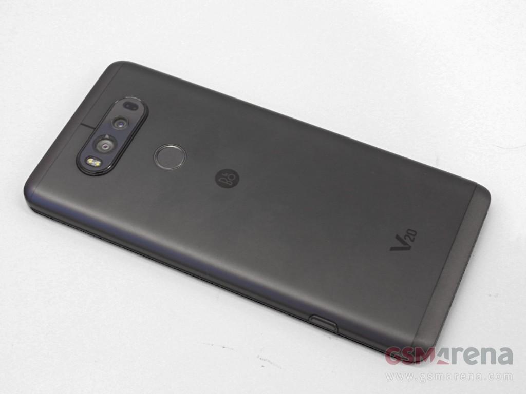 Trên tay, đánh giá nhanh LG V20: thiết kế được hoàn thiện tốt hơn người tiền nhiệm