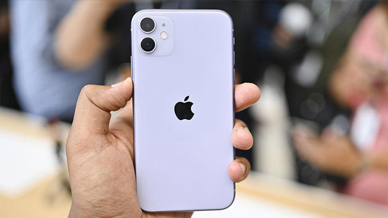 iPhone 11 sẽ có mức giá khởi điểm từ 699 USD (khoảng 16,2 triệu đồng) cho phiên bản 64 GB