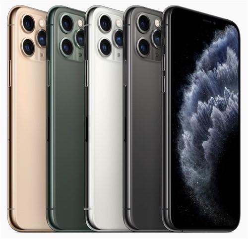 đột phá về mặt thiết kế, thế nhưng iPhone 11 Pro và Pro Max ghi dấu ấn bằng việc nâng cấp mạnh mẽ về cấu hình và camera