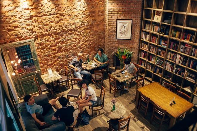 quán cà phê Tranquil Cafe đã được rất nhiều người tìm đến bởi nó sở hữu không gian cực kỳ yên tĩnh
