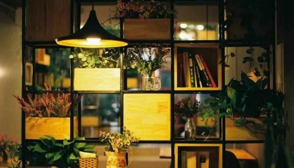 Cafe sách Bách Khoa Hà Nội là điểm đến của rất nhiều bạn sinh viên
